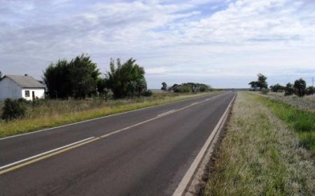 Un ciclista falleció atropellado cerca de Tatacuá sobre Ruta 118
