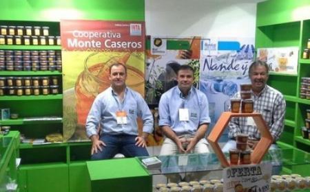 Corrientes posicionó su miel en la Expo de Caminos y Sabores