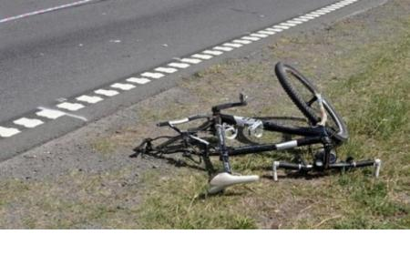 Un niño de 11 años que circulaba en bicicleta por la Ruta murió tras ser atropellado por un auto