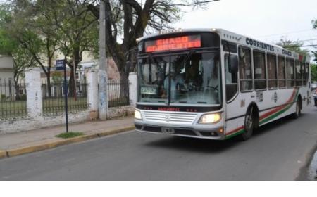 Conflicto salarial: Servicio de colectivo Chaco - Corrientes reducido por un paro de la UTA