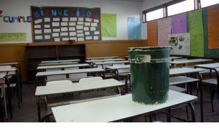 Habrá paro de docentes en cinco de las 17 provincias que hoy retoman las clases
