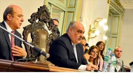 Todo listo para la Asamblea Legislativa: Colombi retoca su último discurso