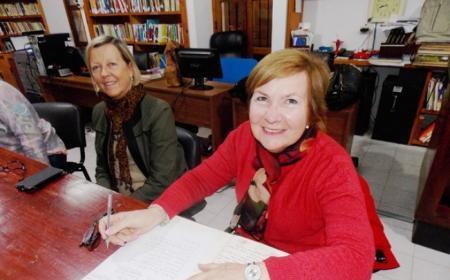 Ana María Bornia nueva presidente de la Asociación Amigos de la Biblioteca