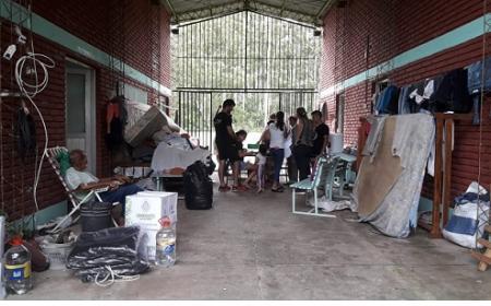 Centros de evacuados de Saladas recibieron recursos